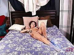 Brunette Shyla Jennings fills the hole between her legs with sex toy for the camera in solo scene