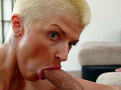 Amazing blowjob and handjob from mesmerizing Joslyn James