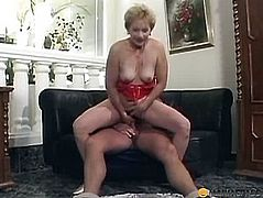 Woman of his hairy pussy sits on dick