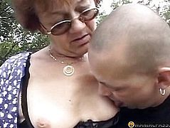 The guy touches pussy not a young aunt
