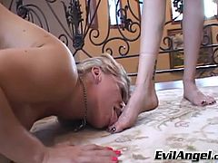 The beautiful lesbian babes Dia Zerva and Mz. Berlin get incredibly horny licking their delicious feet and toying their hot assholes.