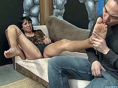 Horny Latina tranny makes her Asian lover suck her toes