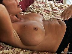 Aubrey Addams has some dirty lesbian fantasies to be fulfilled with Rachel Steele