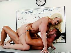 Oriental Alura Jenson with big knockers is good on her way to make horny guy Danny Mountain explode