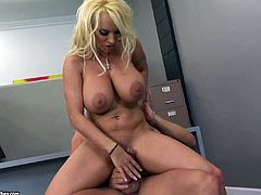 Take a look at this hardcore scene where the slutty Holly Halston sucks on a big cock before being fucked in the office.