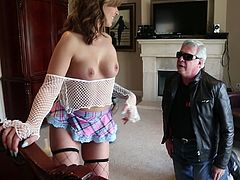 Madelyn Monroe is drilled by a guy after showing off her body