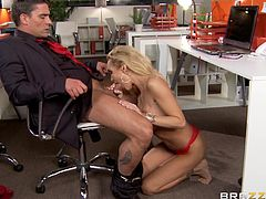 Gorgeous blonde Devon, wearing high heels and a bra, gives a terrific blowjob to Toni Ribas in an office. After that she bends over a desk and enjoys rough anal rear pounding.