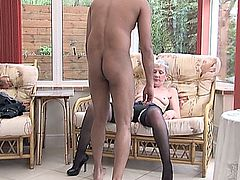 Pantyhose Granny reveals the kickers.