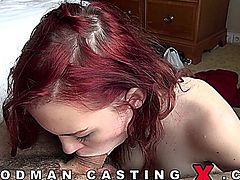 SISSY GOLD gets ass fucked. This video is in 720 HD format.
