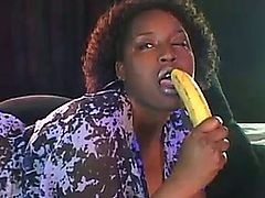 Melissa Reed second banana.
