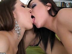 Blonde Nicole Sweet and Sheila Grant both have great lesbian experience