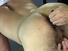 Amateur straight guy getting ass toyed
