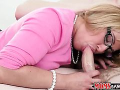Jake Taylor loves cute Melanie Monroes amazing body and fucks her mouth as hard as possible
