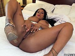 Kiara Mia with big ass spends time doing it with horny guy