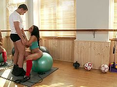 brunette with natural tits and in shorts gets fucked by her trainer after giving awesome blowjob and titjob in the gym cumshot