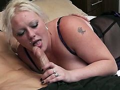 BBW Pickup brings you a hell of a free porn video where you can see how this alluring BBW blonde gets banged deep and hard into a massively intense orgasm.