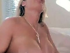 Sexy Tyler Faith fills up up her Daffy Mouth around A Mgazooive wang till sthis fellow chokes