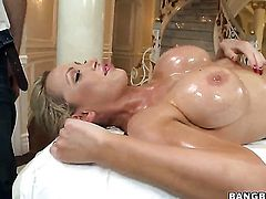 Breathtakingly hot bombshell Nikki Benz shows her love for cock stroking