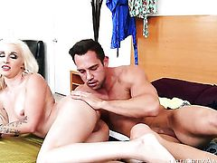 Johnny Castle buries his stiff cock in saucy Stevie Shaes love box