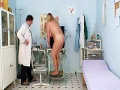 Kinky blonde together nearly crinite beaver pie video.Large trichoid cunny large titties.