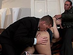 Terry Nova in a hot threesome!