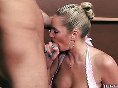 Seth Gamble pops out his man meat to fuck Zoey Holiday in the deadeye
