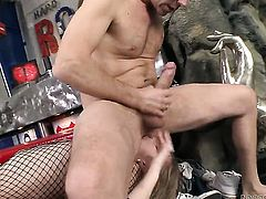 Rocco Siffredi makes Kid Jamaica happy by sucking his hard dick after anal fun