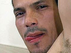 Bi Latin Men brings you a hell of a free porn video where you can see how this muscular Latino takes a shower and provokes you while assuming very naughty positions.