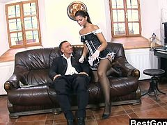 Best Gonzo brings you a hell of a free porn video where you can see how the sexy brunette slut Defrancesca Gallardo gets assfucked deep and hard into heaven wearing her sexy maid uniform.