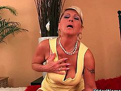Older Woman Fun brings you a hell of a free porn video where you can see how this sexy blonde milfs dildo their cunts for you into a massively intense orgasm.