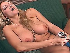 HOT BLONDE - Wild Party Girls 2.