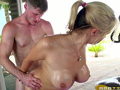Oiled blond sweetie with big boobies Sarah Vandella got ass fucked at fitness cycle