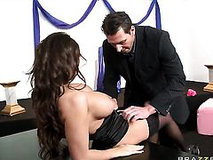 Allison Star with giant knockers wants Nick Lang insert his ram rod in her mouth again and again