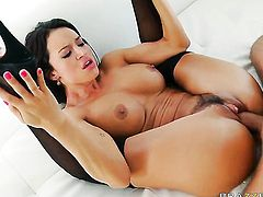 Keiran Lee bangs delicious Franceska Jaimess mouth just like crazy