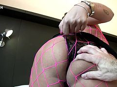 Check as she gets drilled hard and enjoys all her favorite anal games including a happy end once her choco hole gets filled with a handful of cum.