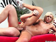 Kacey Jordan fucks like a first rate whore in steamy action with hot guy
