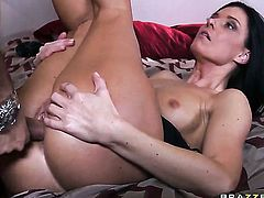 Keiran Lee gets pleasure from fucking smoking hot India Summers throat