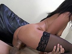 Fine looking brunette with medium ass getting a deepthroat feasting before yelling while being drilled hardcore doggystyle