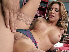 Aleksa Nicole and Ramon gets into a hardcore anal doggystyle banging action with a hot handjob and titjob in masturbation.