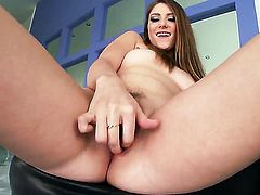 Shae Snow does her best to turn you on in solo scene