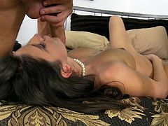 A MILF wakes up her guy with a handjob and some pussy