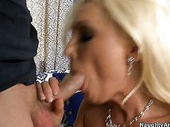 Kris Slater pulls out his fuck stick to fuck glamorous Diana Dolls hole