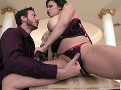 Extraordinary bang scene with a naughty porn hottie Alexis Silver in action