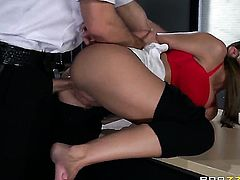 Brooklyn Chase with big knockers gets the hole between her ass cheeks ploughed by Bill Bailey