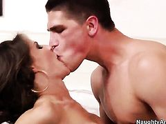 Jenni Lee makes Bruce Ventures sexual fantasies a reality