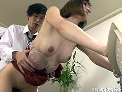 If you are into weird behaviours when sex is implied, click to watch a gorgeous Japanese lady, standing without making any move, while her hairy cunt is eaten and fingered. Beautiful Yuria looks exactly like a mannequin. Click to see her sucking cock and then, banged hard from behind.