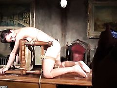 Blonde Mandy Bright shows lesbian sex tricks Salome with desire