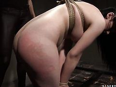Brunette with giant hooters is good on her way to satisfy her lesbian friend Mandy Bright