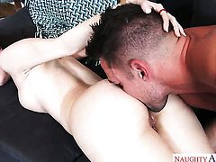 Johnny Castle makes his erect schlong disappear in sex crazed Alexis Rodriguezs pussy hole