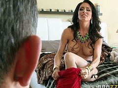 Jessica cannot decide which outfit suits her best. That's why she asks her horny partner to help her choose... Click to see the seductive brunette milf, trying on different sexy dresses. Enjoy the exciting pussy eating scene. The atmosphere gets hotter, when the busty lady begins to suck cock...